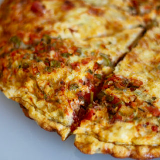 This Frittata with Asparagus, Bruschetta, and Fontina is super easy to make and are extremely customizable. Plus, 1 pan clean up! |sarahnspice.com