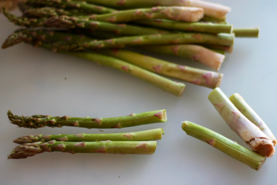 Asparagus for Frittata with Asparagus, Bruschetta, and Fontina. | sarahnspice.com