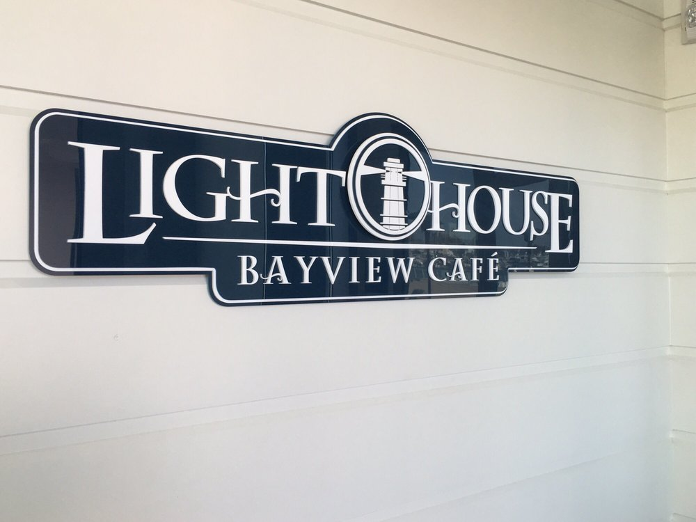 Favorite Newport Beach Eats - Lighthouse Bay View Cafe | sarahnspice.com
