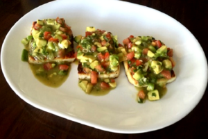 Fried Halloumi with Avocado Salsa is a delicious appetizer perfect for any occasion. Halloumi cheese has a high melting point that works great for frying! | sarahnspice.com